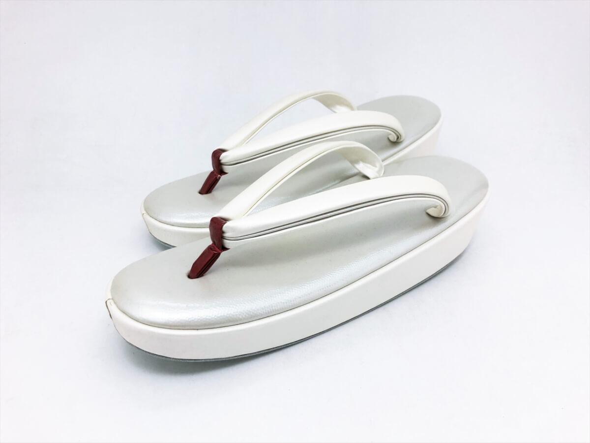[女物]牛革 エナメル 鮫小紋 型押し 草履(F)